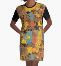 The bee Graphic T-Shirt Dress