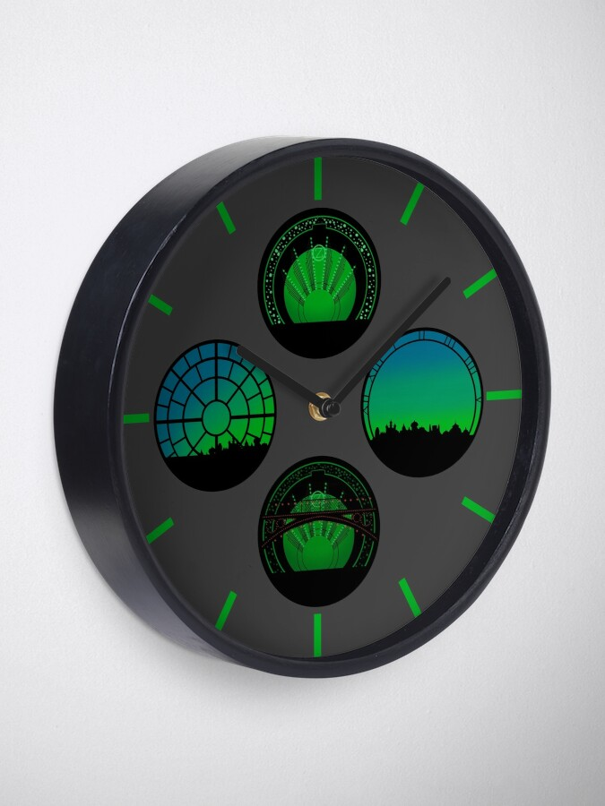 Alternate view of Wicked | Set Circles Clock