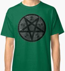 eVIL pENTAGRAM , bLACK mETAL sATANIC t-SHIRT,oCCULt  FAShIOn Classic T-Shirt