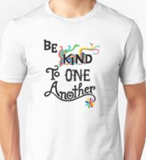 Camiseta unisex Sean amables unos con otros