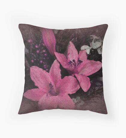 Got Pink Daffadils? Throw Pillow