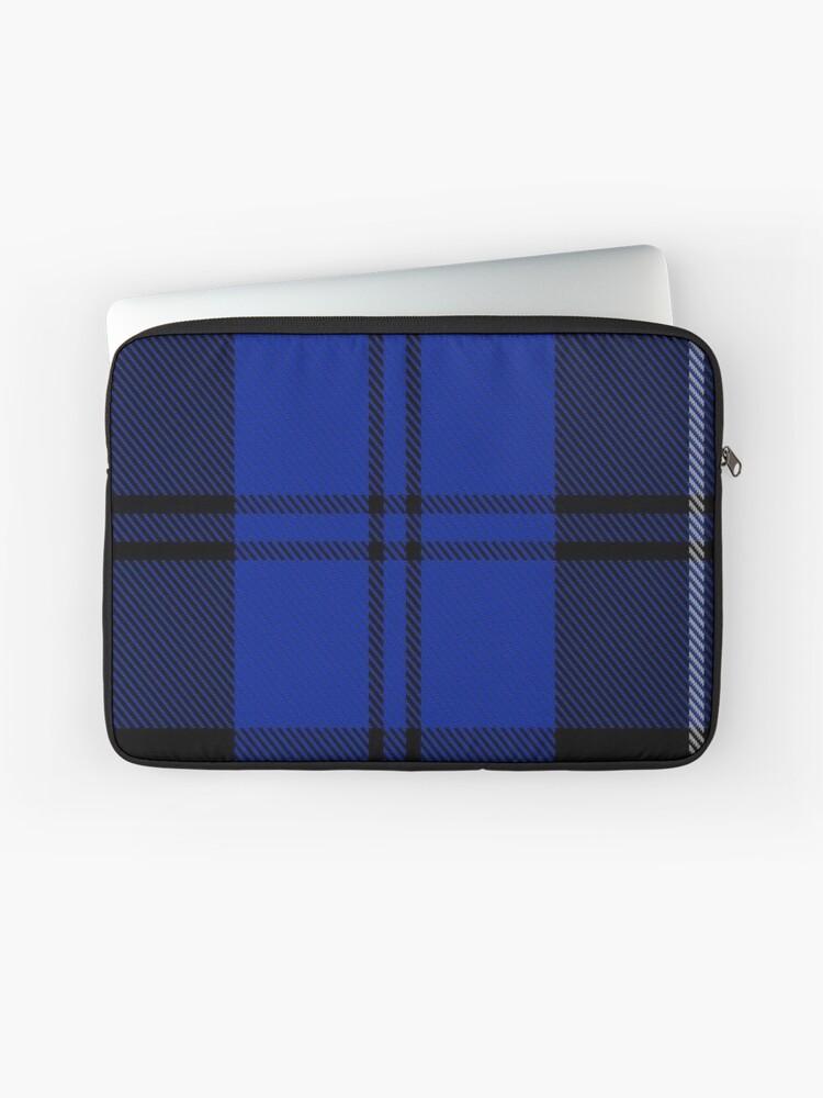 14d0a0e492 Housse de laptop « Swan Clan / Famille Tartan », par Detnecs2013 ...