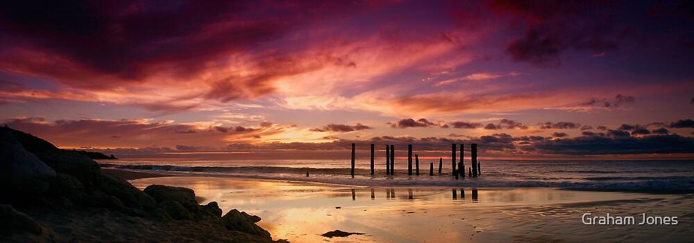 Pt Willunga Sunset by Graham Jones