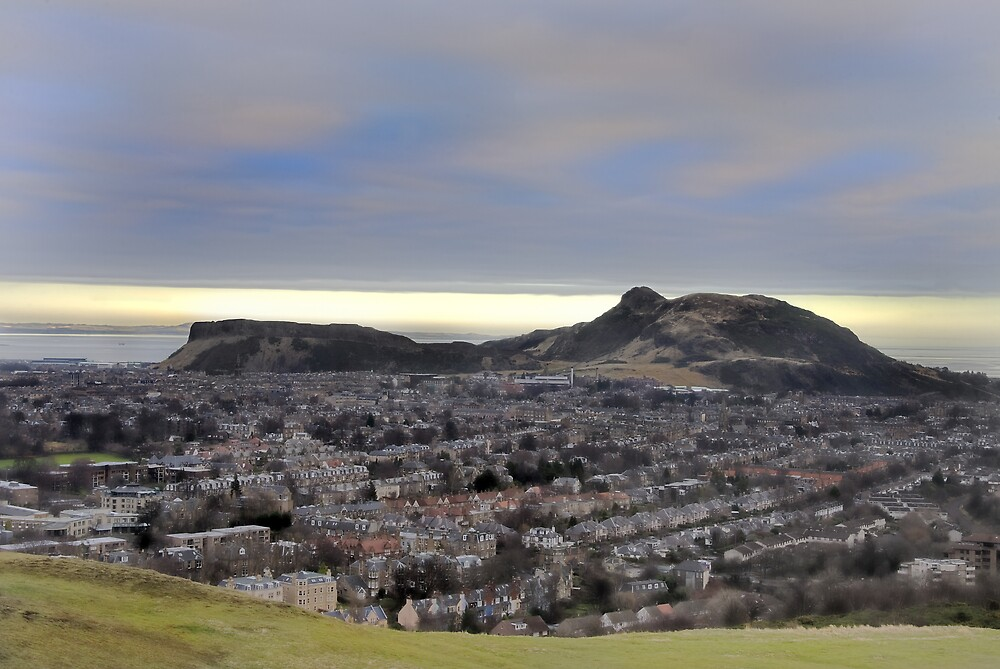 December over Edinburgh by Chris Clark