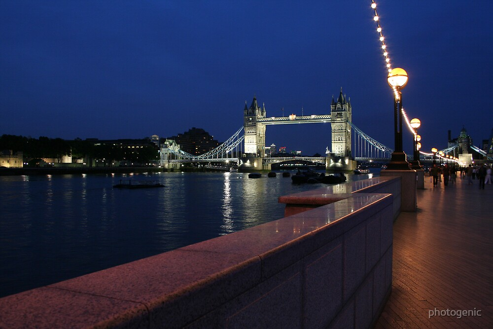 Tower Bridge, London by photogenic