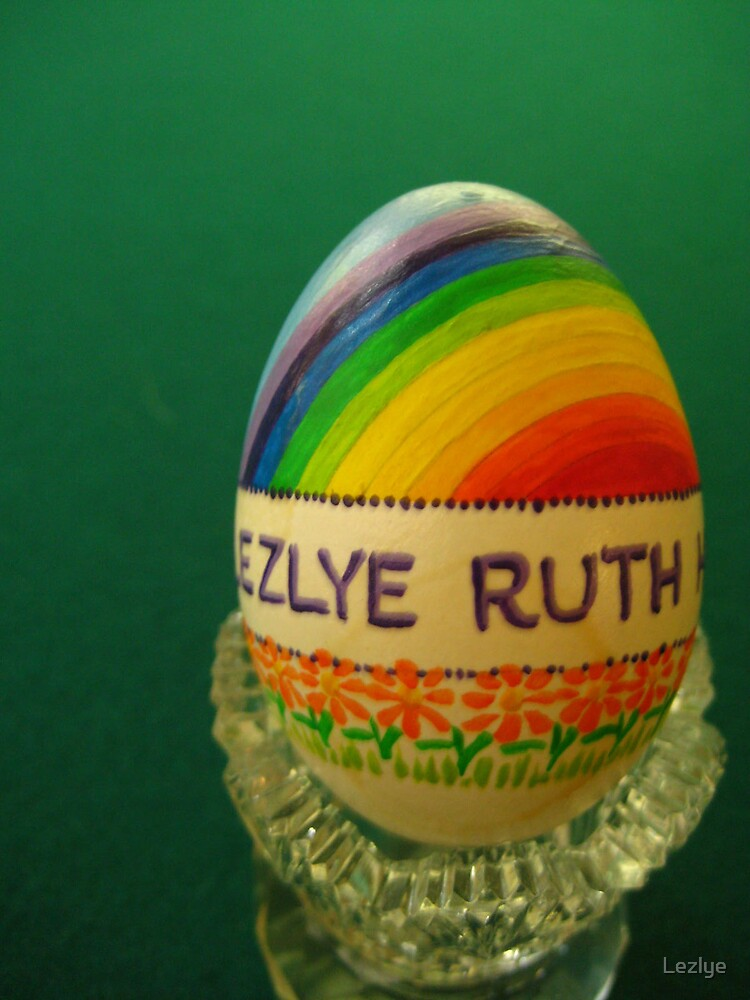 Handpainted egg by Lezlye