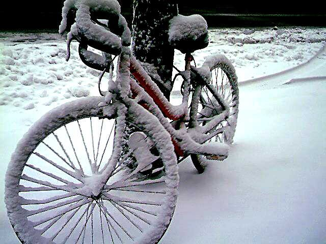 bike n snow by photoman2