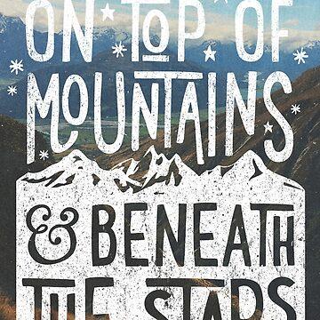 En la cima de las montañas de cabinsupplyco