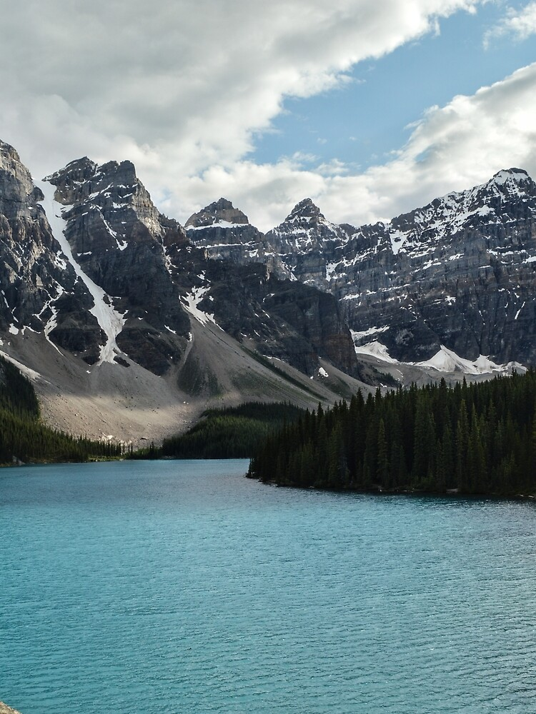 Rocky Mountains Blue Lake National Park by TravelDream
