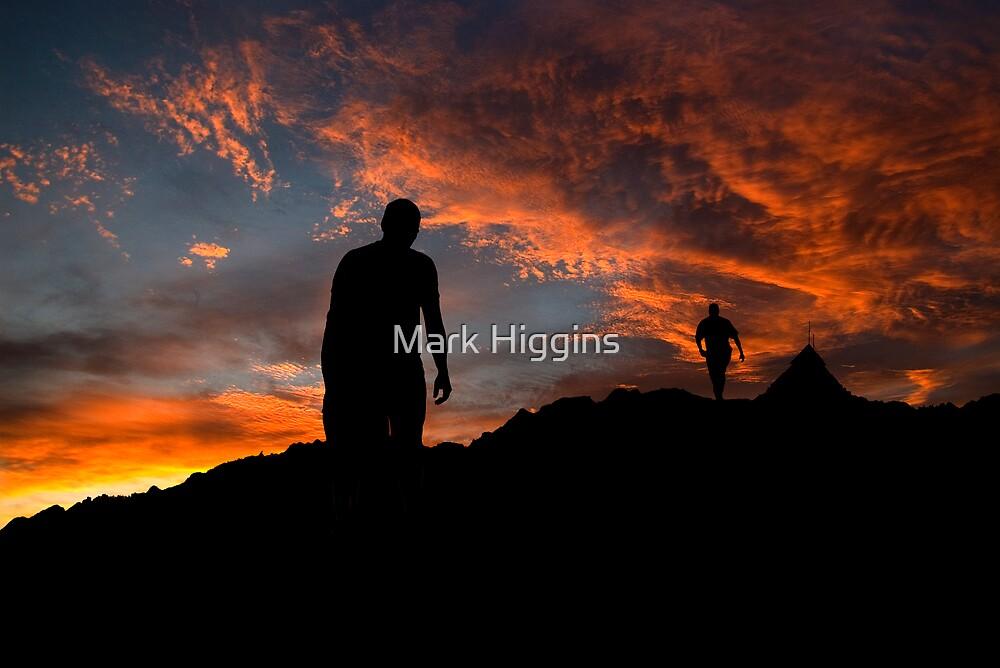 Dawn & Dusk, Mt Buller by Mark Higgins
