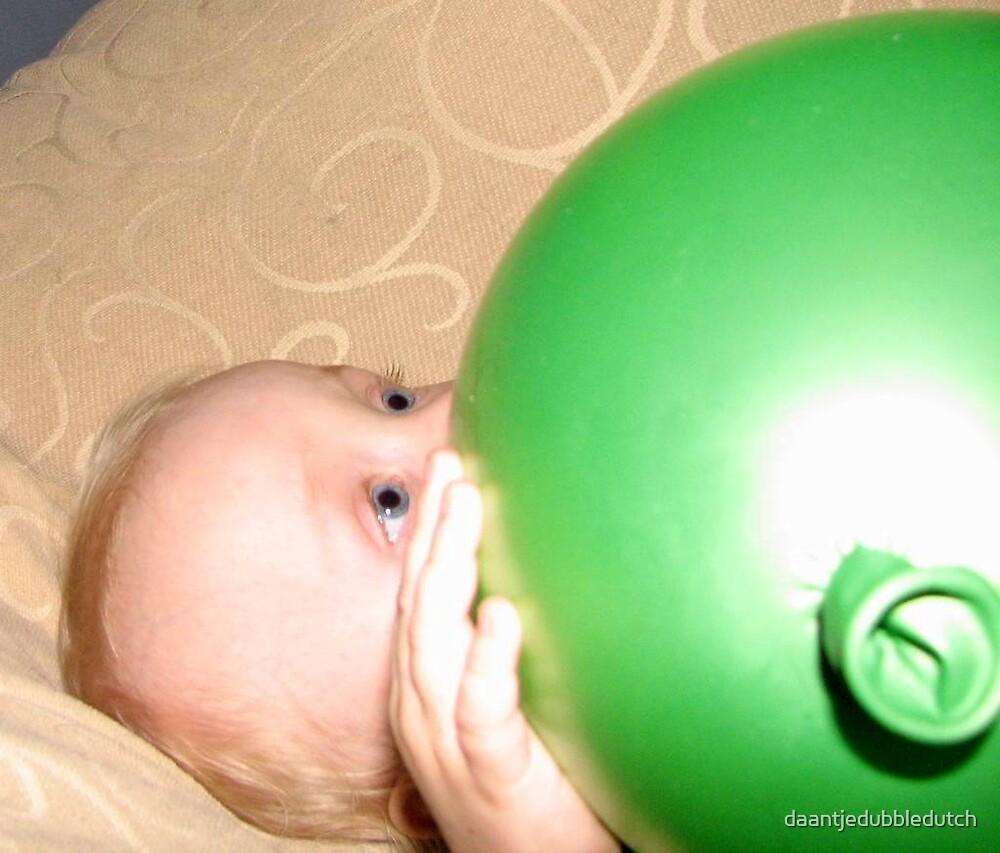 under the balloon... by daantjedubbledutch