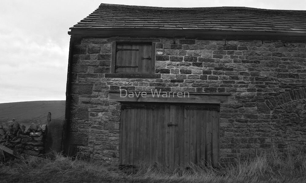 The Barn by Dave Warren