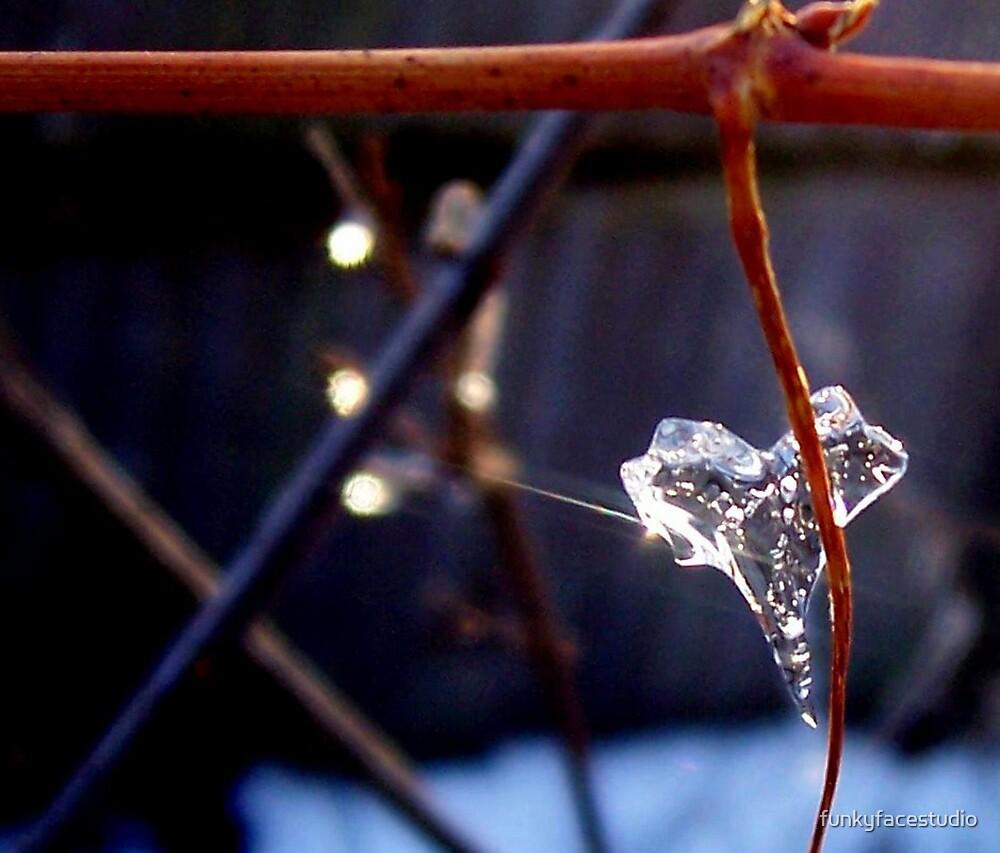 Heart String 2 by funkyfacestudio