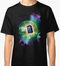 Universe Blue Box Tee The Doctor T-Shirt Classic T-Shirt