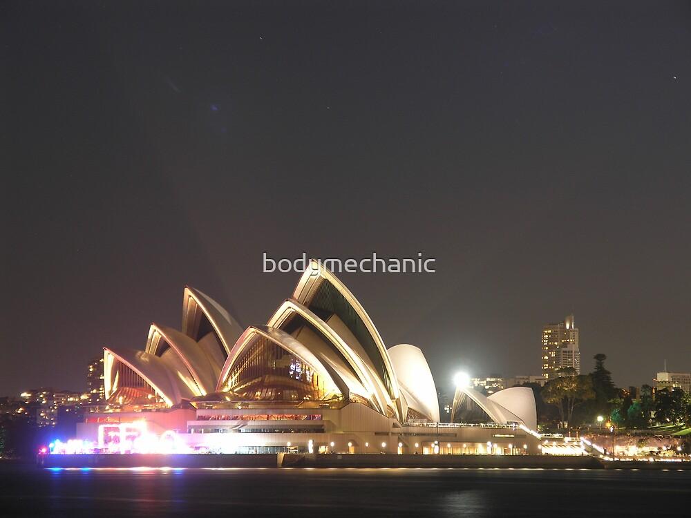 another opera house by bodymechanic