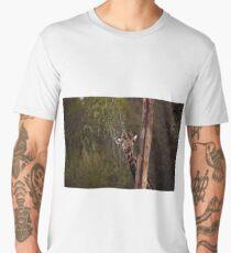 Giraffe, in camouflage Men's Premium T-Shirt
