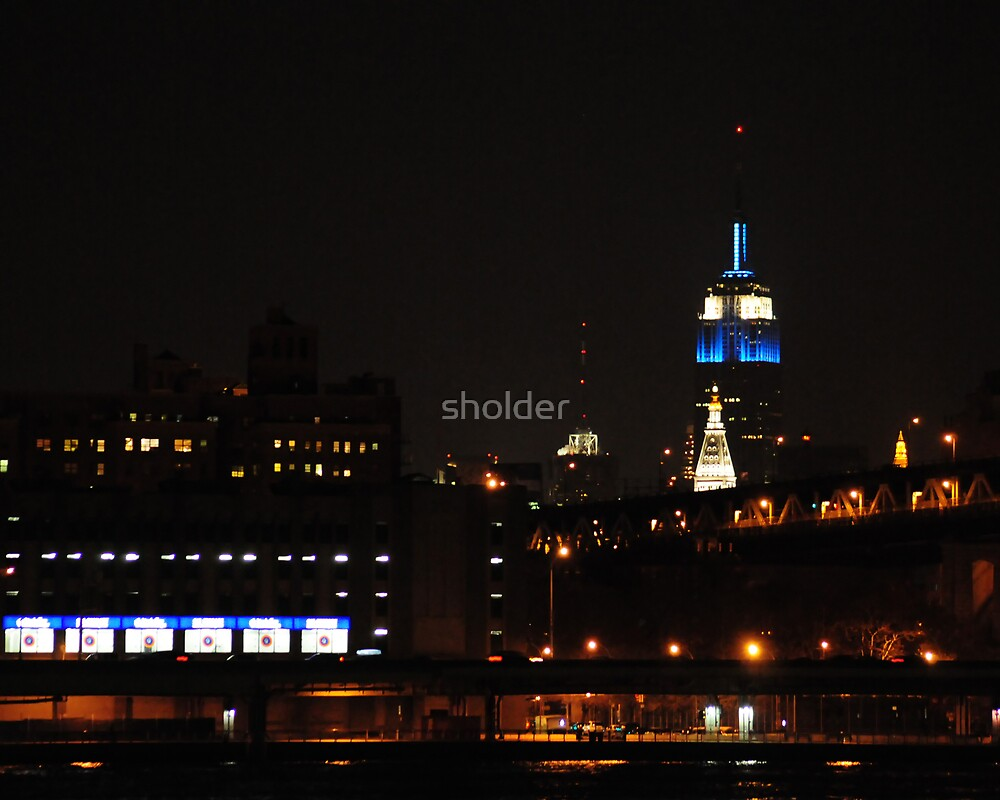 Empire State lit-up for Hanukah by sholder
