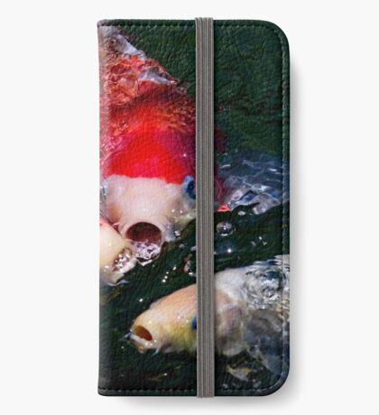 Koi Fütterung Raserei iPhone Flip-Case