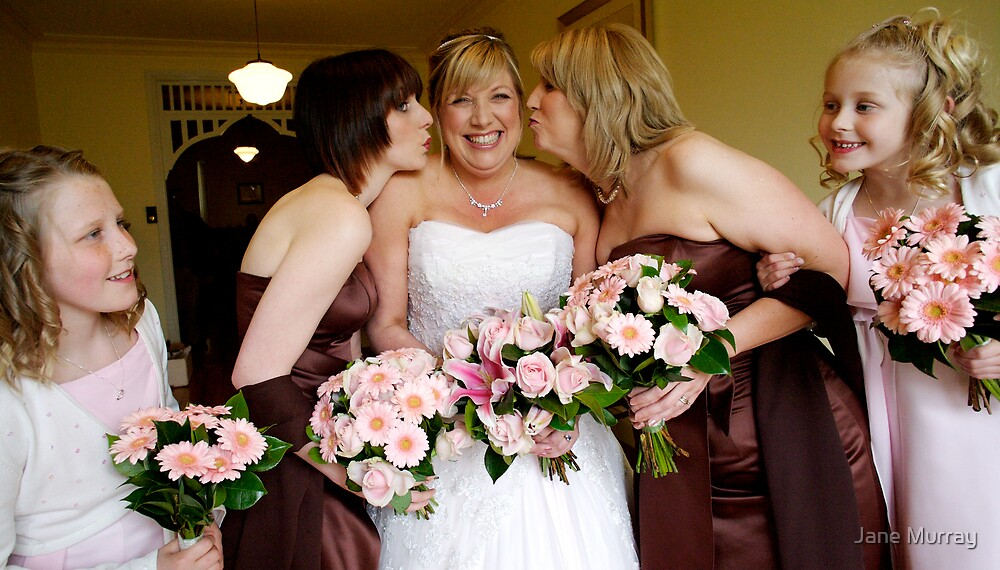 Daylesford wedding 2007  .. kisses for the bride by Jane Murray