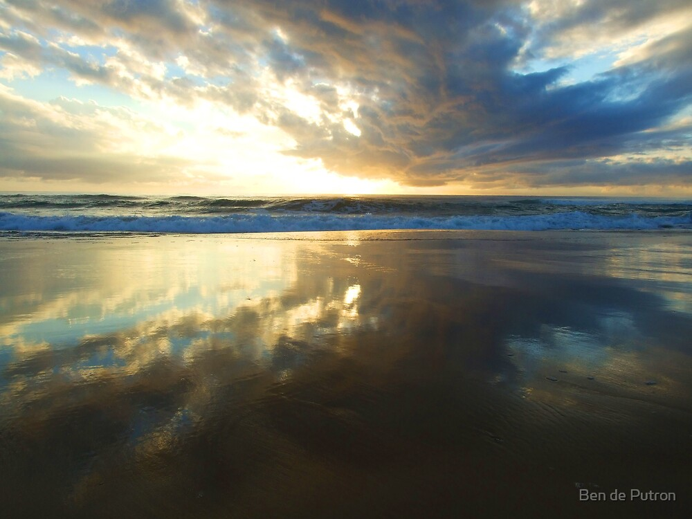 Sunrise on Fraser Island 2 by Ben de Putron