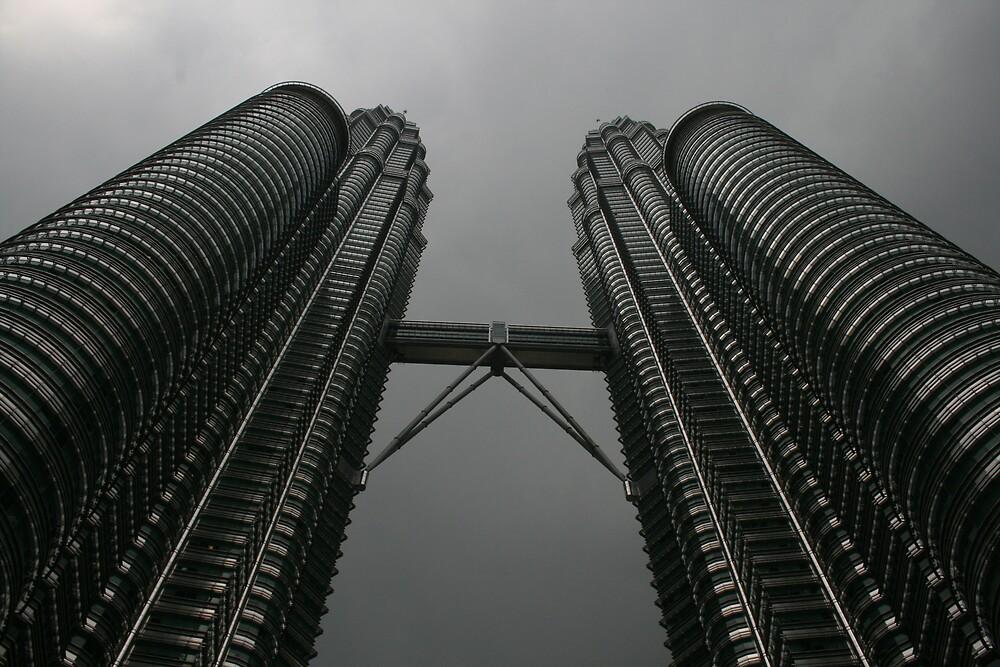 The Petronas Twin Towers, Kuala Lumpur by Thomas Entwistle