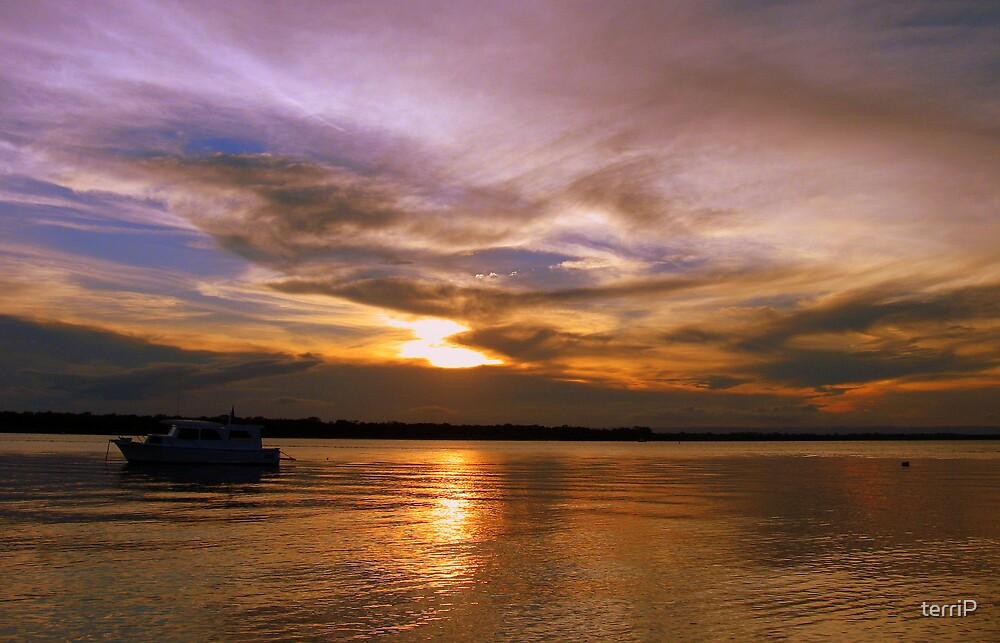 Sunset over Bribie by terriP