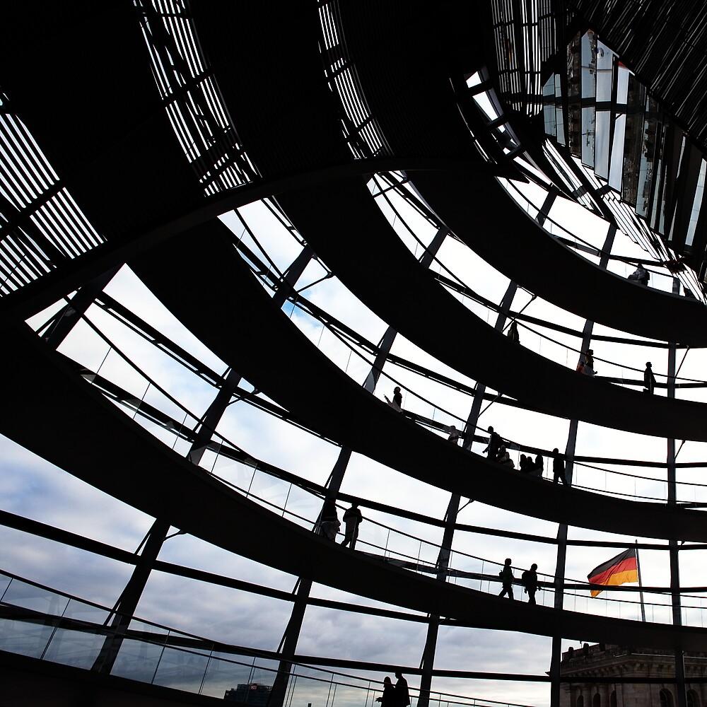 Reichstag by Ramona Farrelly