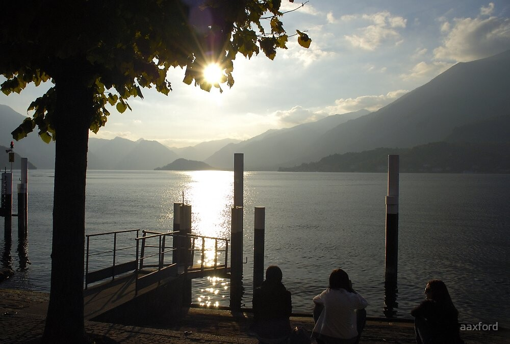Lake Como Sunset by aaxford
