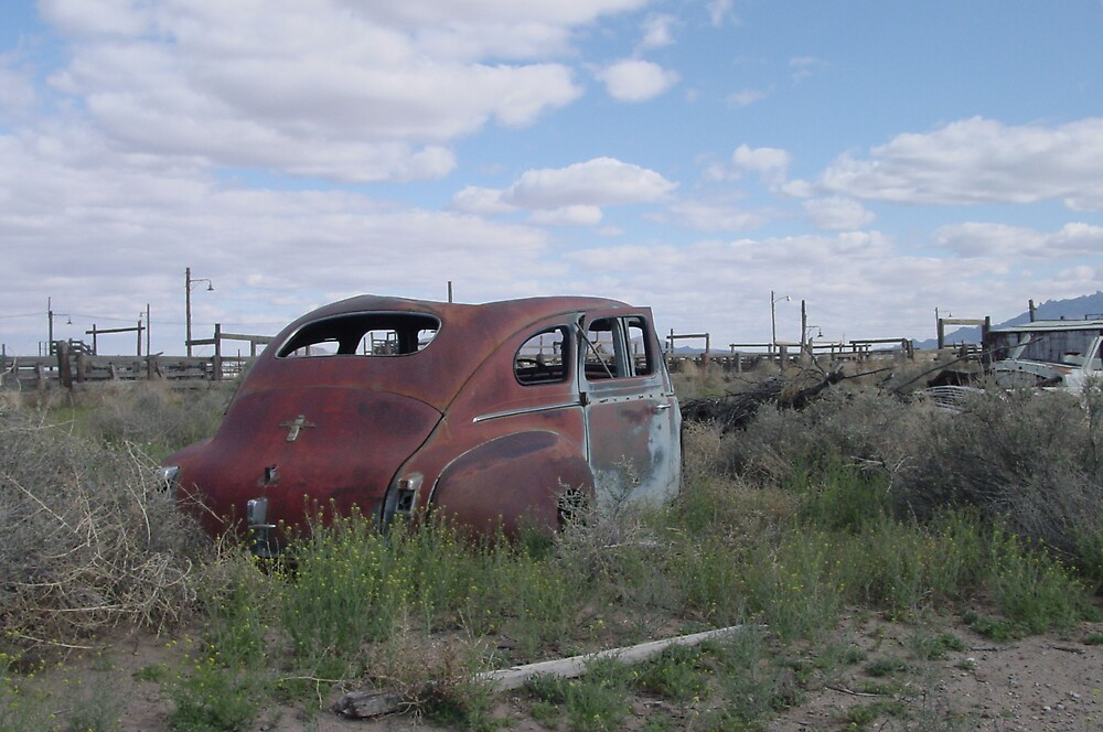Forgotten Car by carick