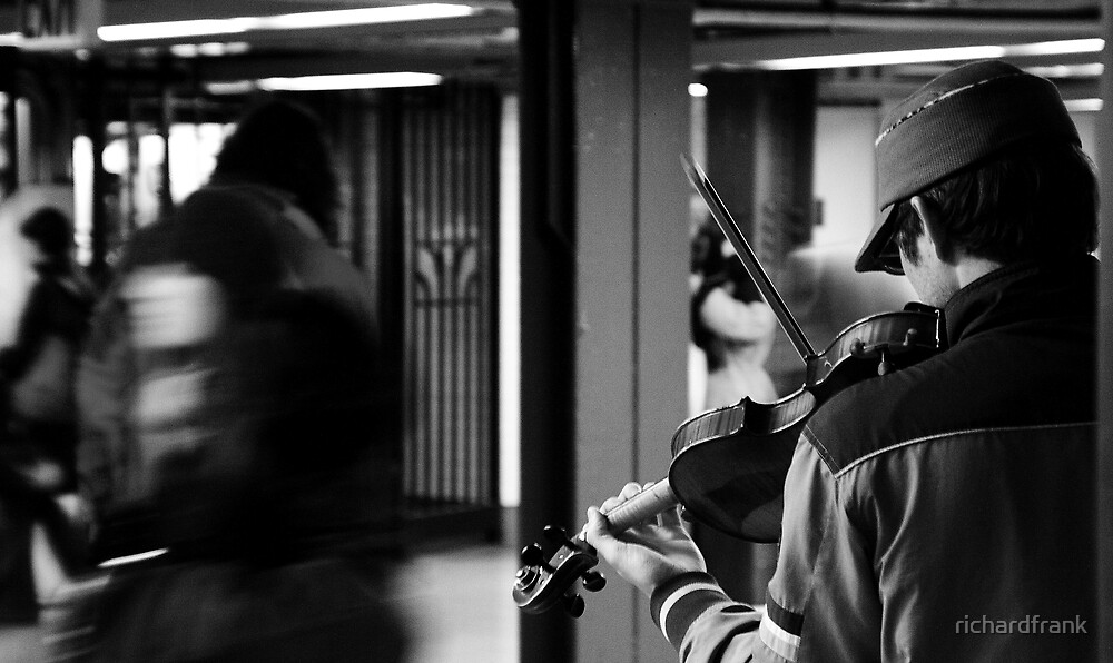 NY Fiddler by richardfrank
