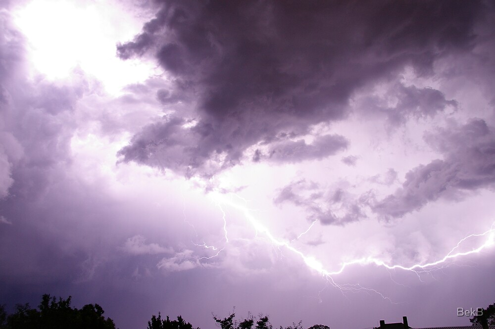 Lightning Strike by BekB