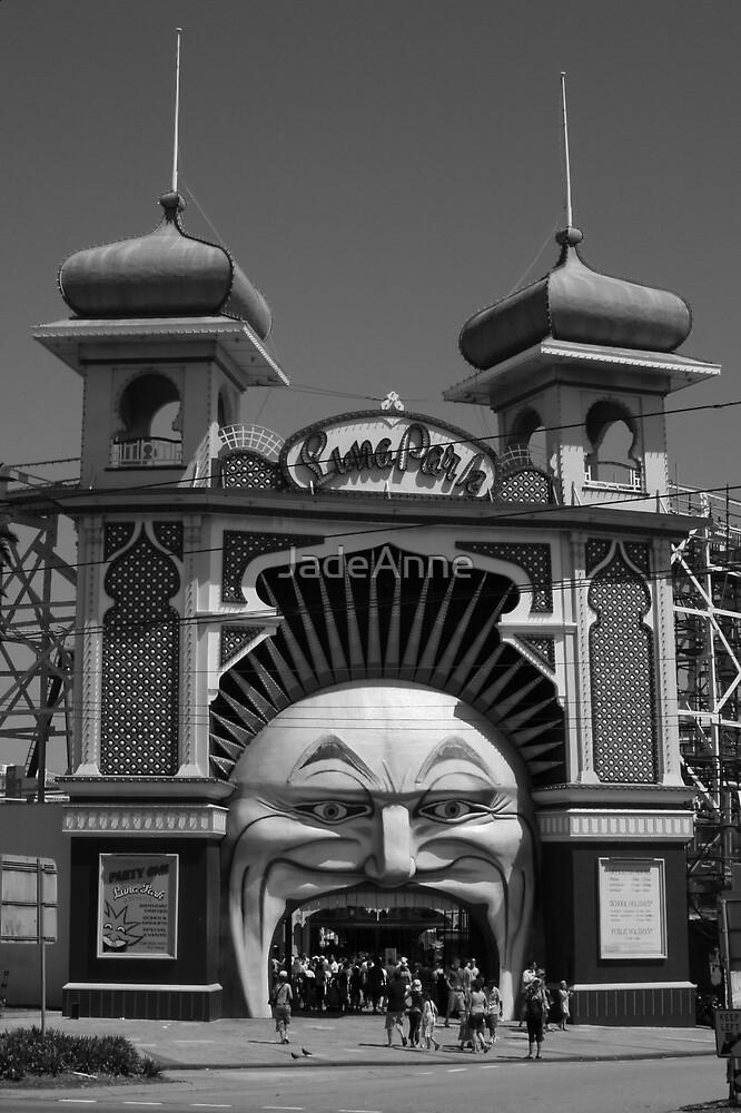Luna Park by JadeAnne