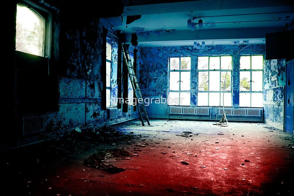 blue room by imagegrabber