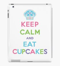 Keep Calm and Eat Cupcakes - pastel iPad Case/Skin