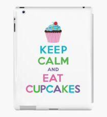 Keep Calm and Eat Cupcakes ll iPad Case/Skin