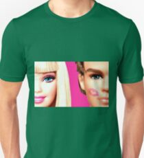 BARBIE AND KEN: KISS Unisex T-Shirt
