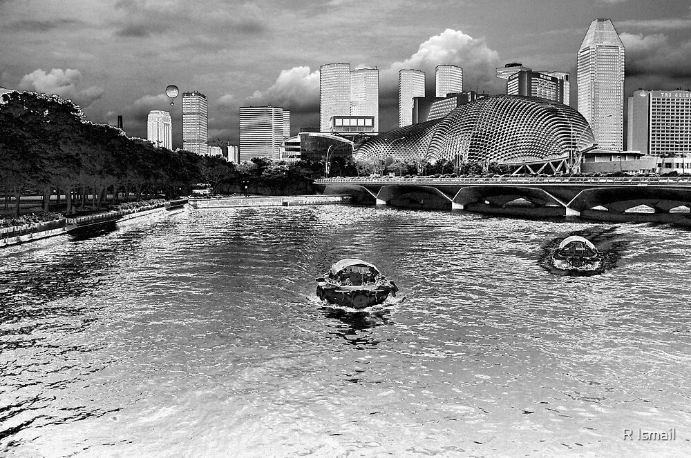 Singapore River by Rini Ismail