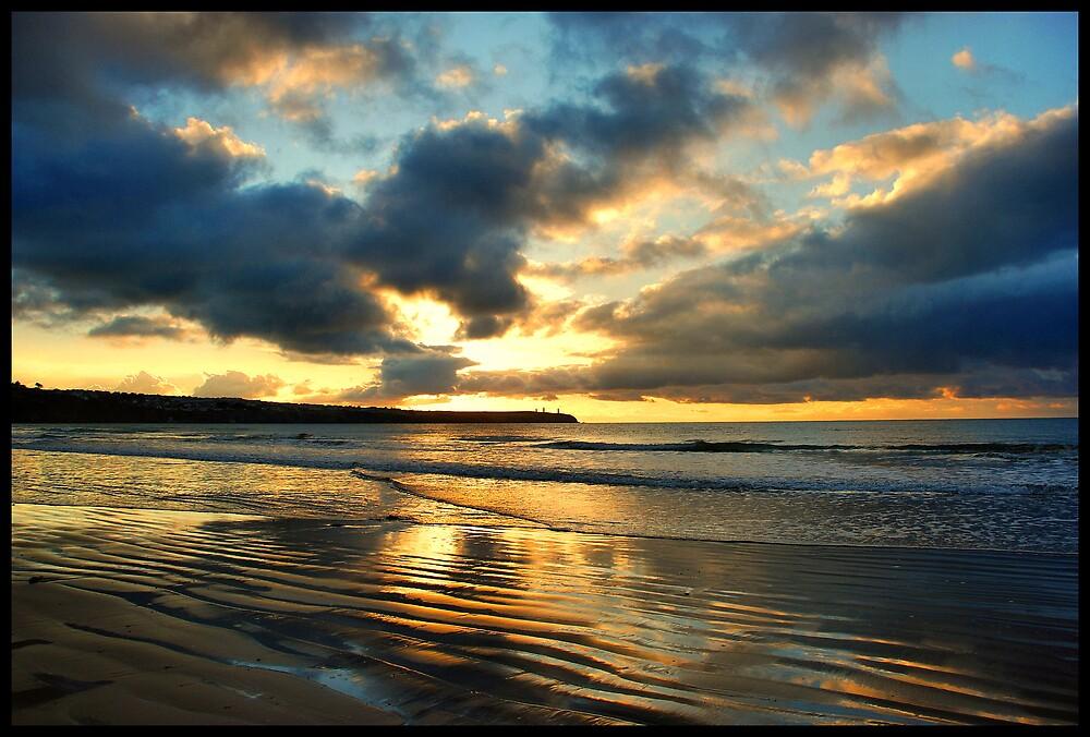 beach... by gracie16