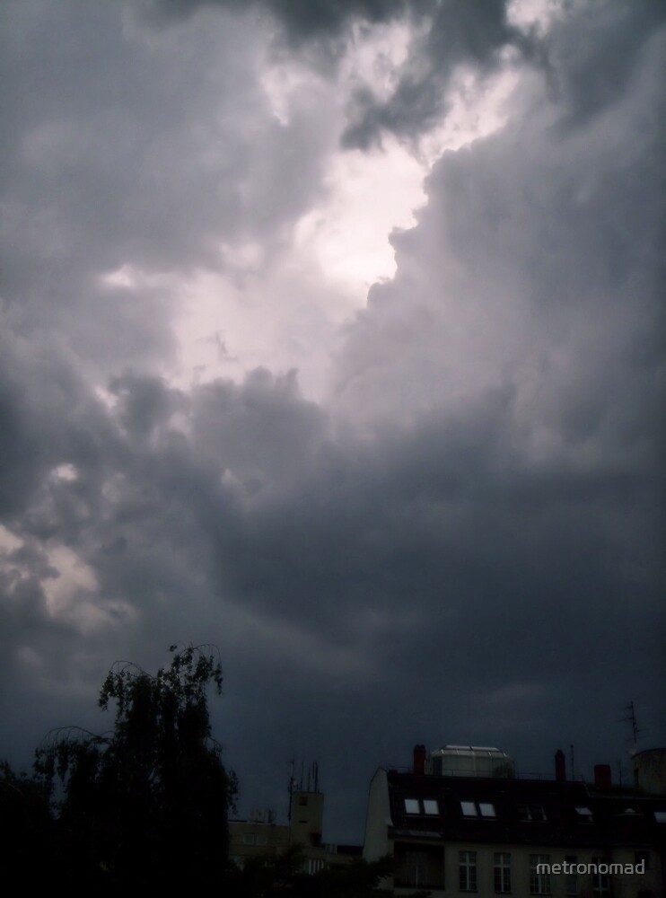 Dark Clouds Racing Up Above by metronomad