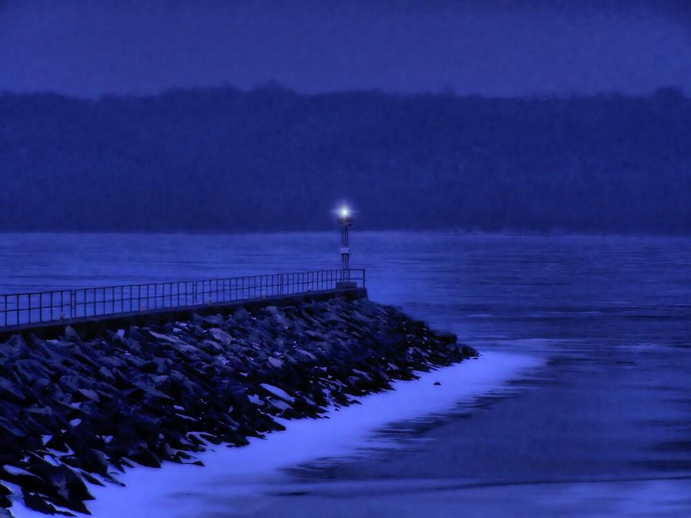 Silent Night by susannahg