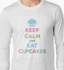 Keep Calm and Eat Cupcakes - pastel Long Sleeve T-Shirt
