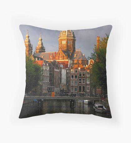 St. Nicolaaskerk Throw Pillow
