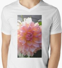 Stunning Dahlia Mens V-Neck T-Shirt