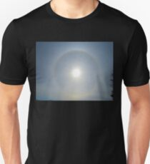 Ring Around The Sun, April17 2017 Unisex T-Shirt