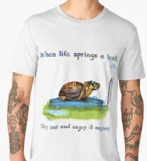 Turtle in a leaking pool Men's Premium T-Shirt