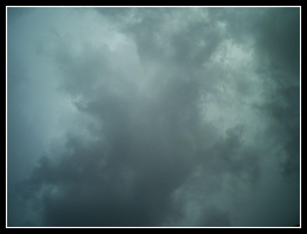 Violent Thunder by DreamingMyth