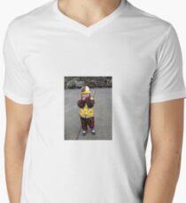 Chinese Girl Men's V-Neck T-Shirt