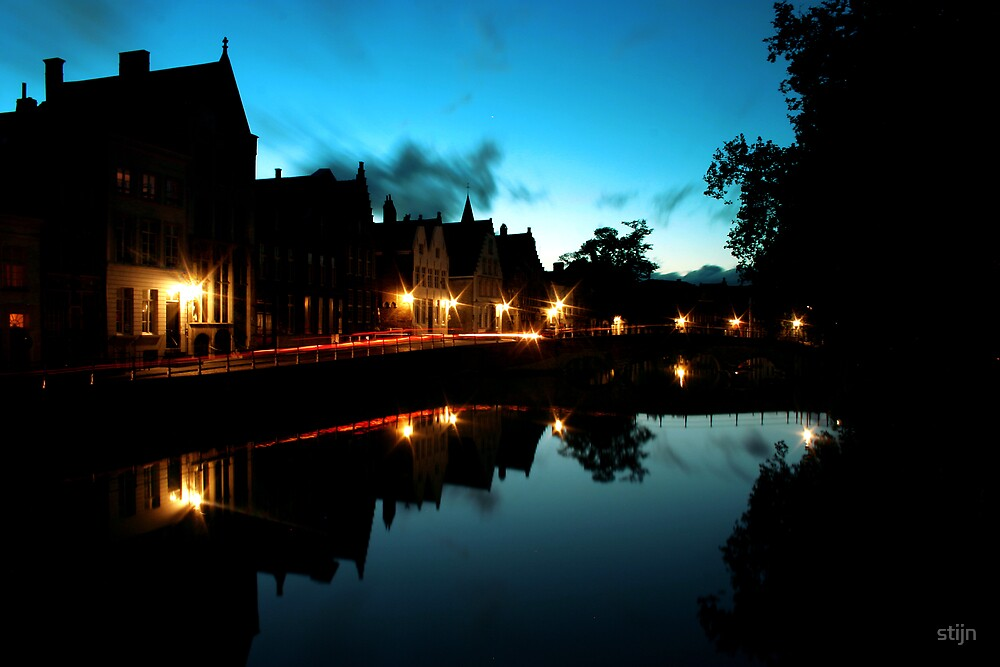 Movement in Dusk by stijn