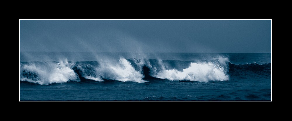 waves by Andrew Chittock