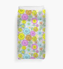Flowers of Astres and Chrysanthemums drawn zigzag lines Duvet Cover